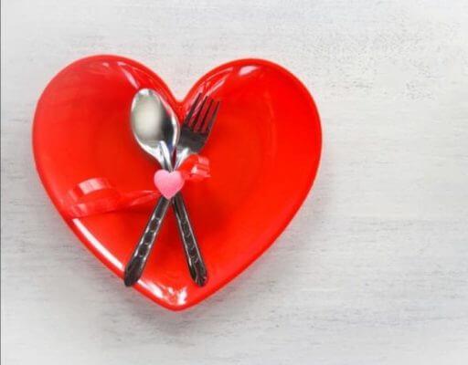 Ημέρα του Αγίου Βαλεντίνου και είναι μια καλή ευκαιρία να δούμε ποιες τροφές ανεβάζουν τη λίμπιντο